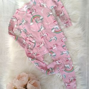 [3 for $20] 3T Carter's Unicorn + Rainbow Pajama
